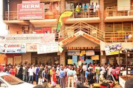 Nasser traders strike