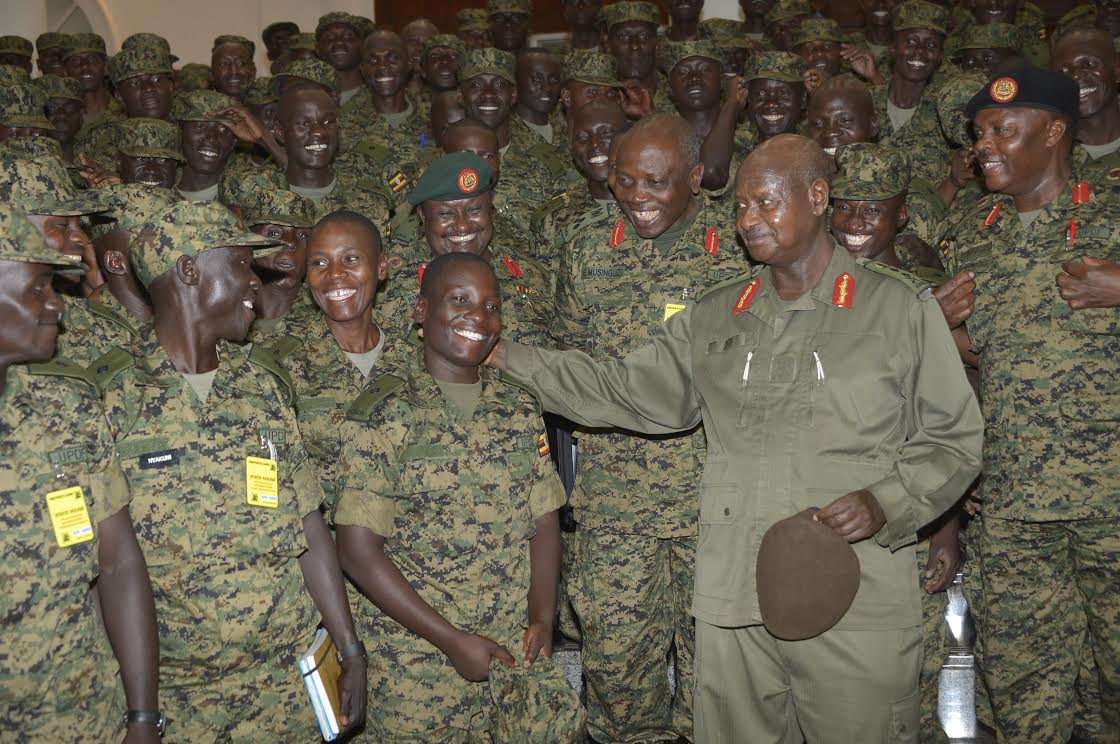 Museveni with cadets