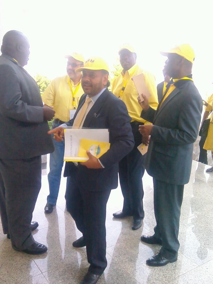 NRM CEC members arrive