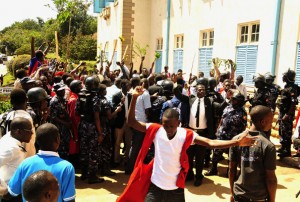 Makerere university students in a recent strike over the new tuition policy.  (Courtesy Daily Monitor)